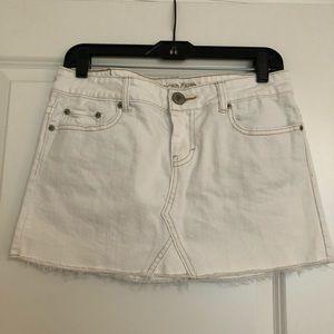 American Eagle Outfitters White Denim Mini Size 8